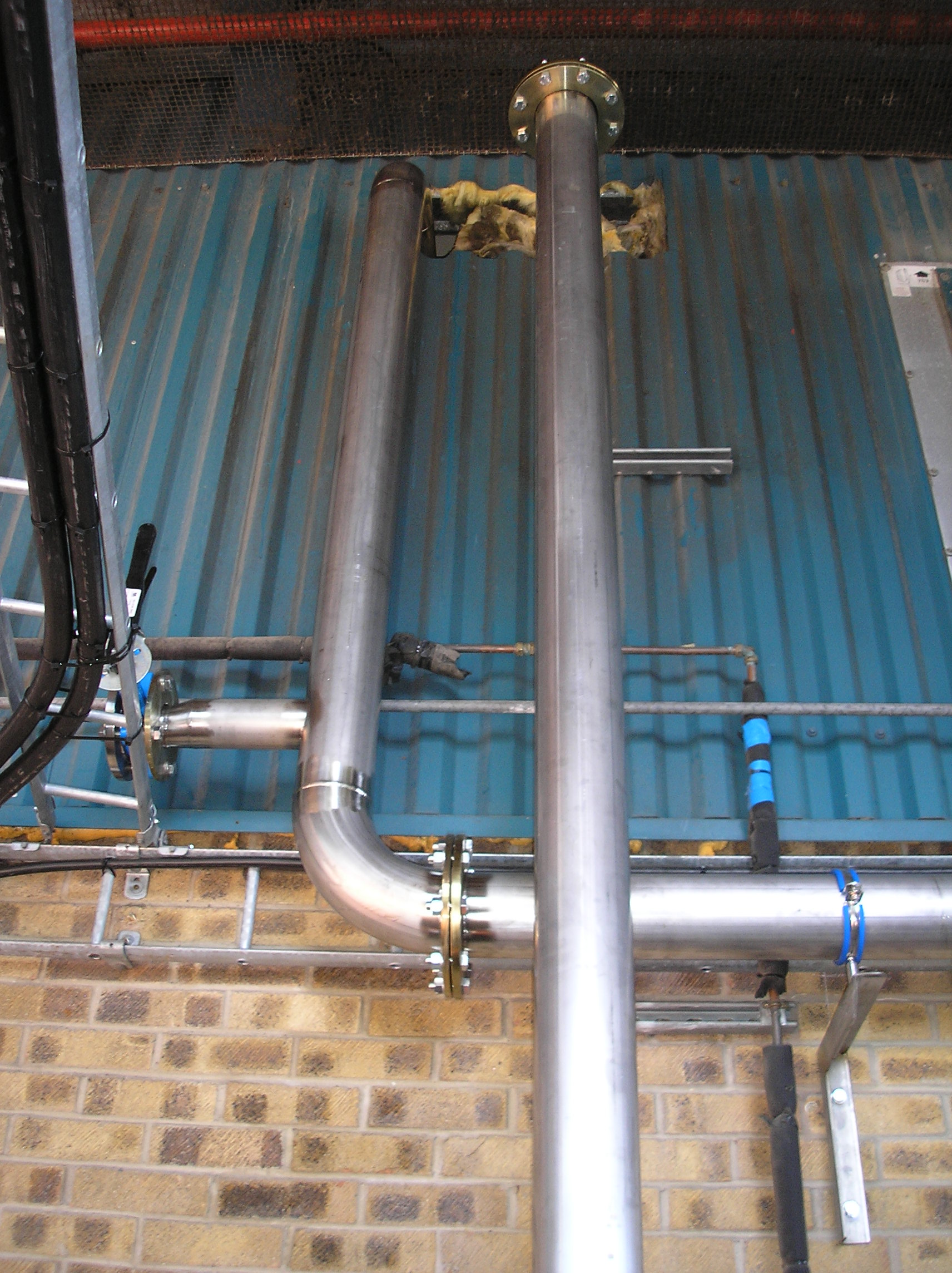 PEME Chiller Pipework Installation